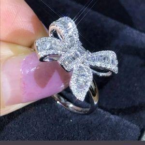 Jewelry - 💍💎Gorgeous 2 piece BOW CZ Diamond set
